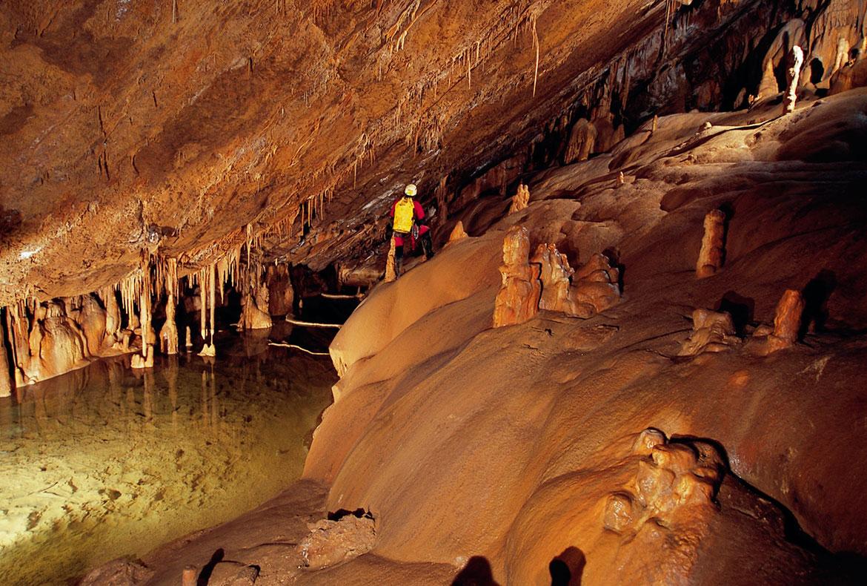 Cuevas Mendukilo